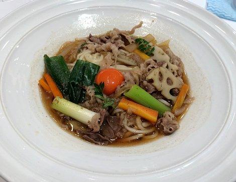 つるとんたんtop@近江牛と根菜のおうどん.jpg