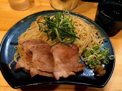 大阪麺哲@盛り.jpg