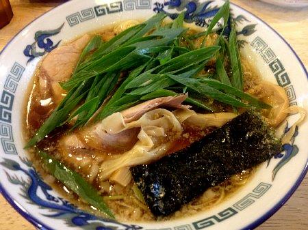 蔵出し醤油麺@もんど.jpg